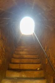 מדרגות אל האור - קיסריה