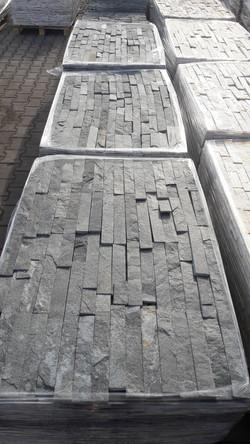 černozelené obkladové pásky