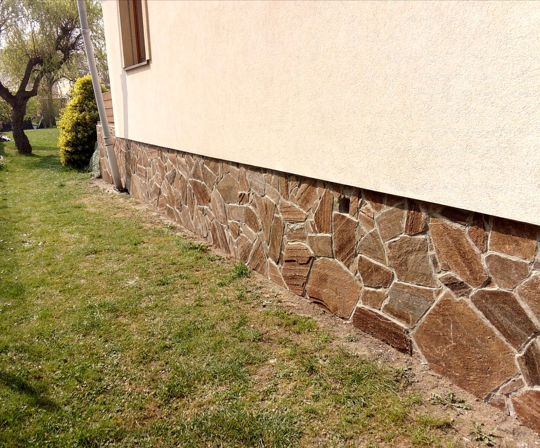 hnědý obkladový kámen