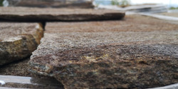kamenna dlazba hneda (2)