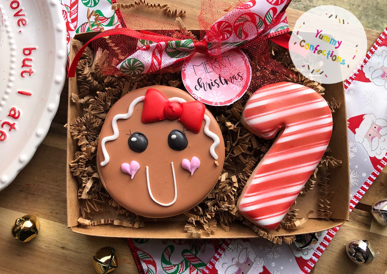 Gingerbread Face w_Candy Cane