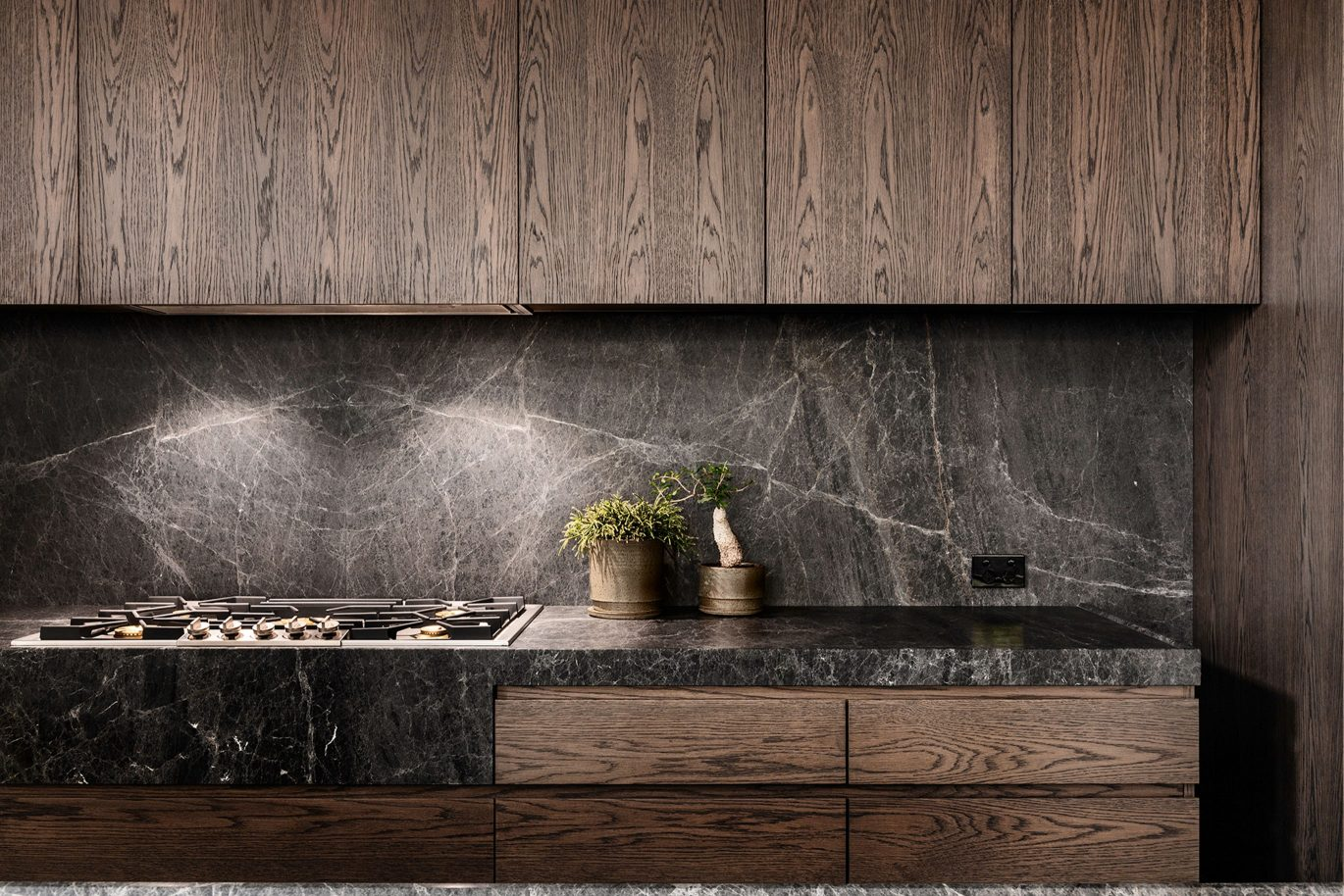 Damastas Marble benchtop and splashback