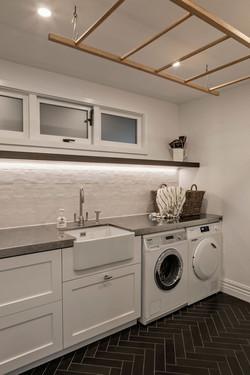 Laundry Design using stone