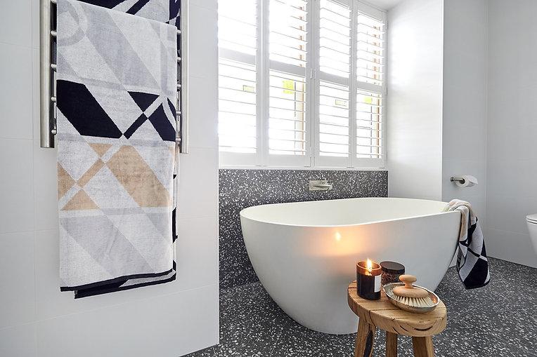 the-block-2018-ensuites-hand-and-courtney-terrazzo-bathroom-tiles.jpg