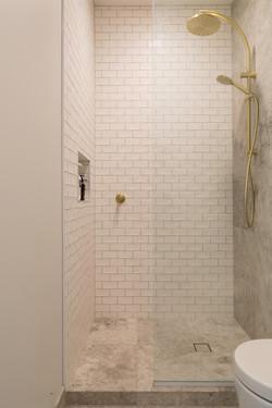 Self mood bianco and Tundra tiles