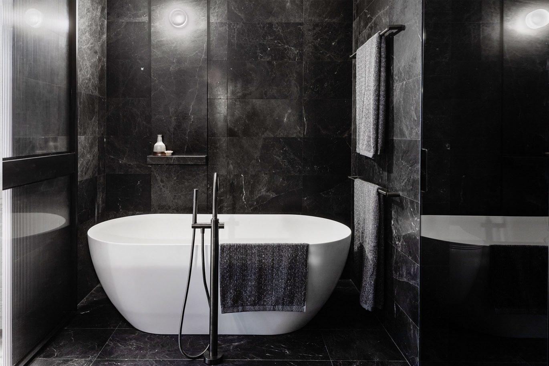 Damastas Marble Bathroom (2)