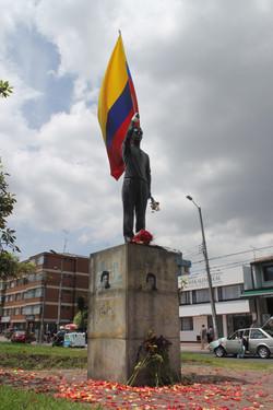 Monumento a Jaime Garzón Forero