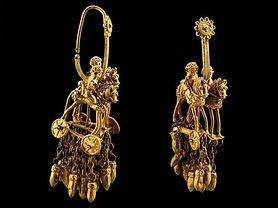 National museum gold treasure.jpg