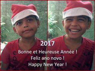 Happy New Year - Feliz Ano Novo - Bonne Année