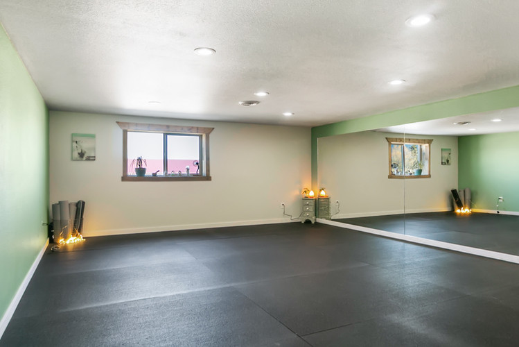 Find your flow in our beautiful & cozy yoga room :)
