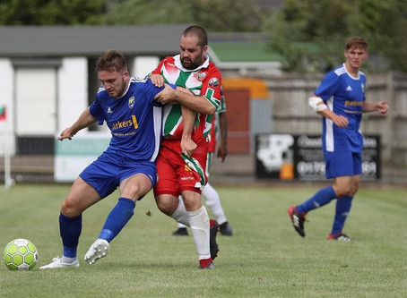 Stockill Re-signs