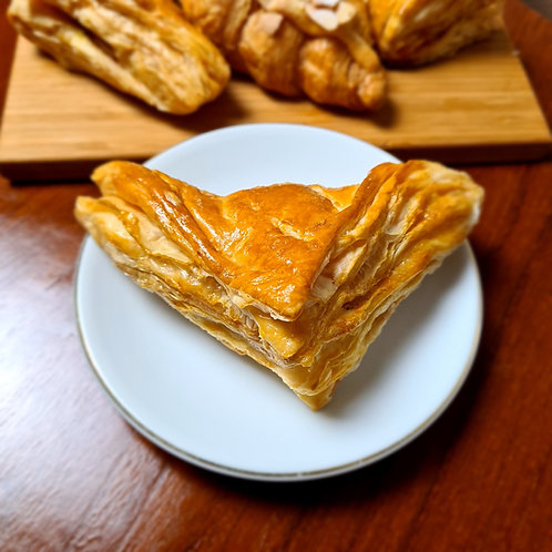 Chicken Curry Pastry
