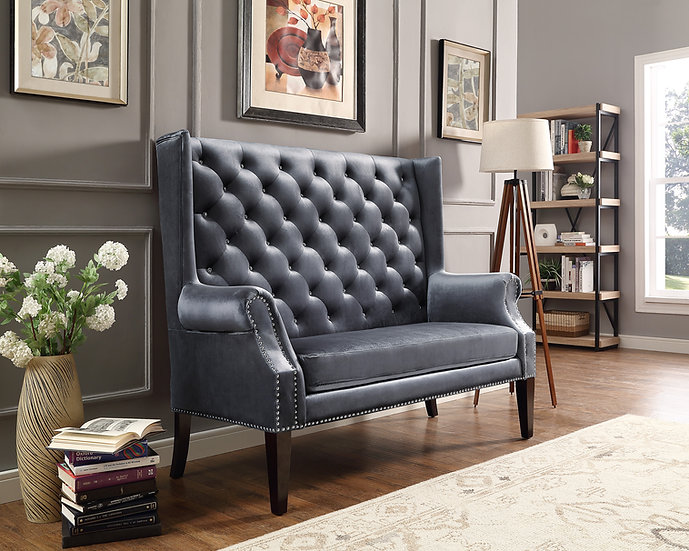 Quinella Smoke Loveseat