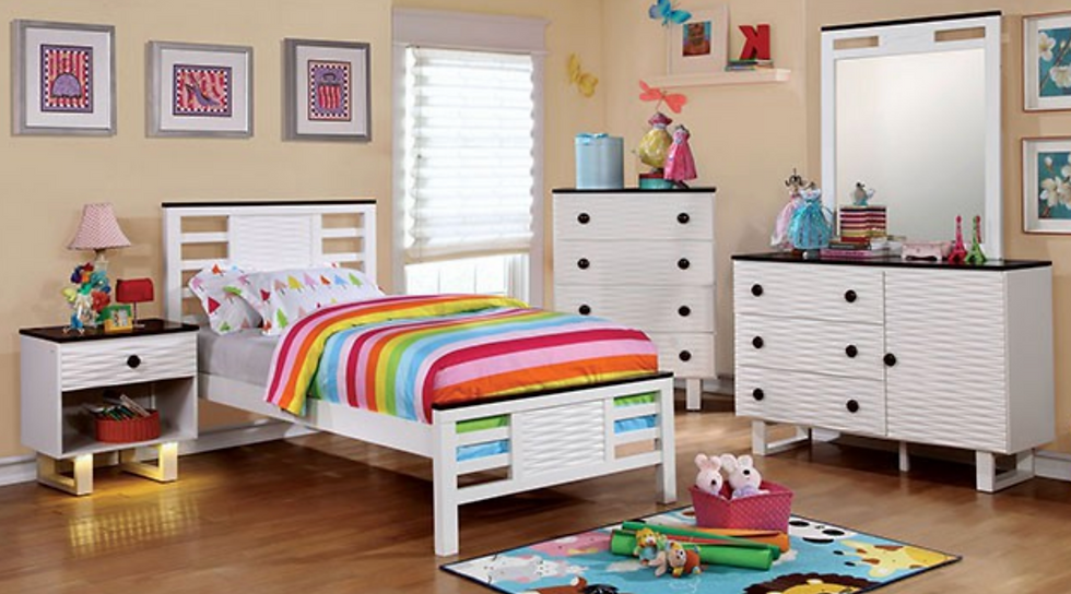 Wavy Bedroom Set