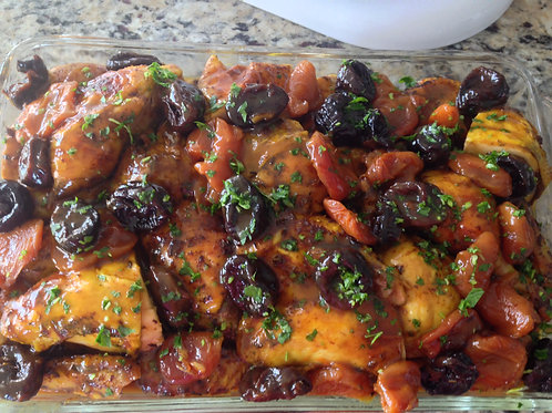 Tart apricots and Prunes Roasted Chicken