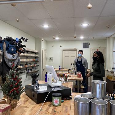 PHL 17 Features Lumière Candle Studio