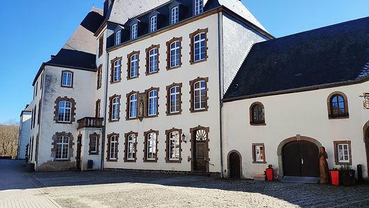 UBI Luxembourg campus castle.jpg