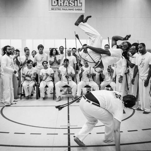 Reportage : Som na caixa II, un batizado de capoeira.