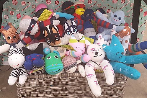 Made by Mom: Monkey Business Sock Critters