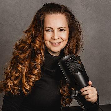 KristinaBecker.jpg