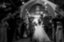 Elegância Eventos Noivos na Igreja