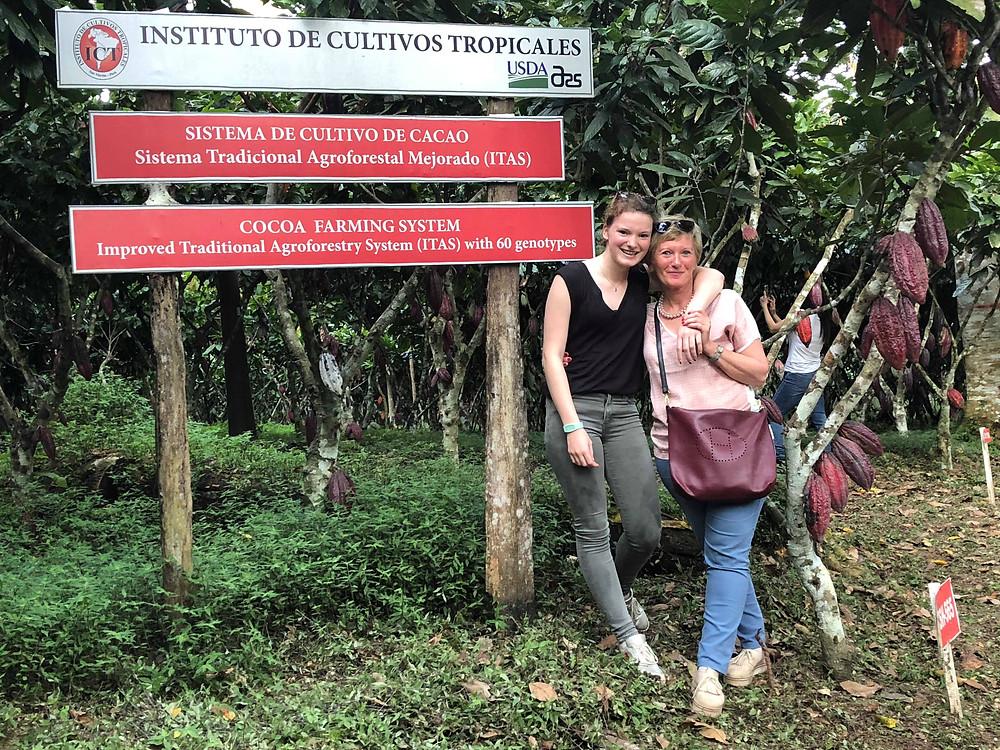 Ines en Helga van Magic Chocolates in Peru.