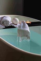 bath-bathroom-bathtub-indoors-374148-min