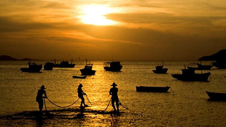 Três-pescadores-Búzios.jpg