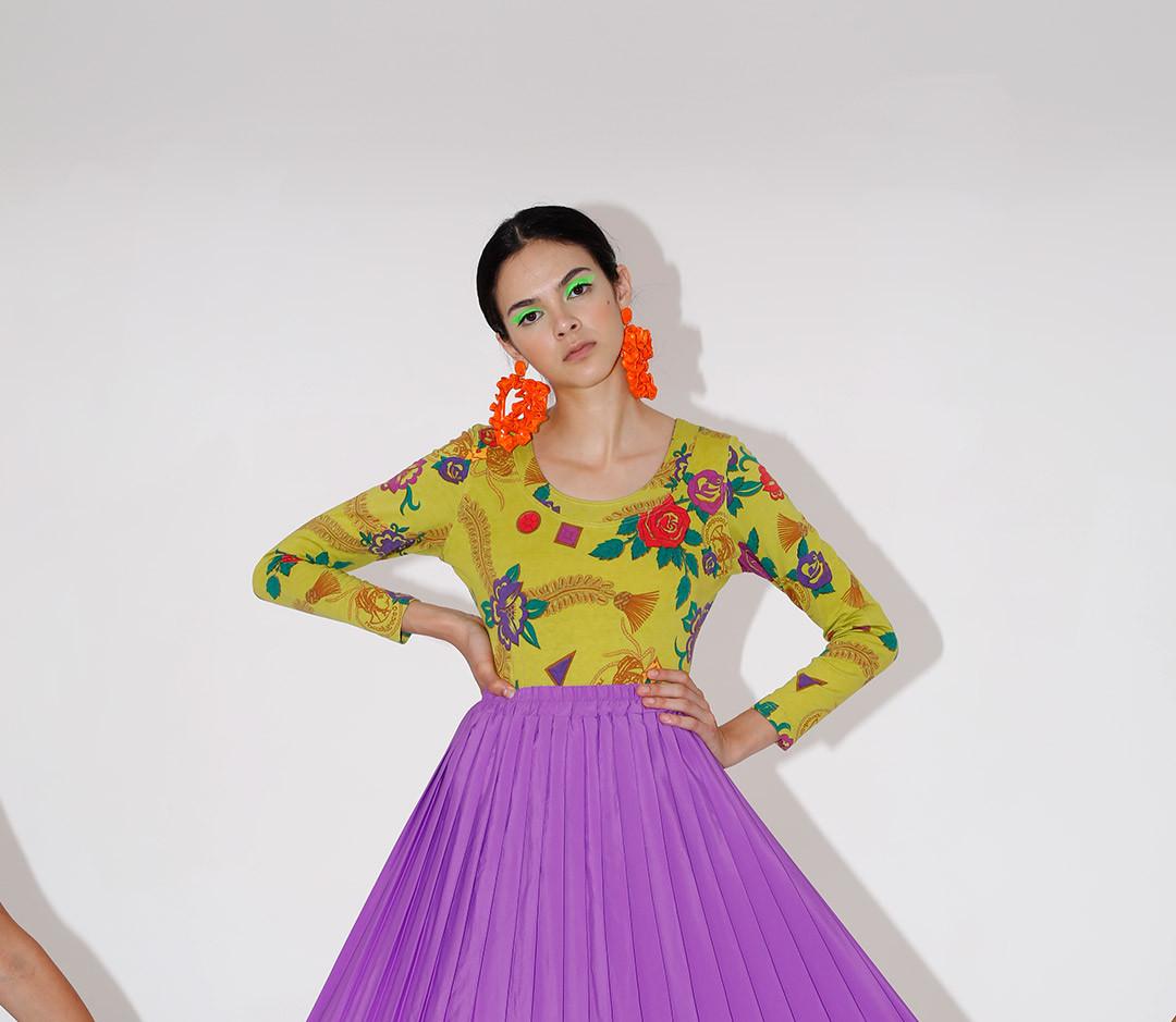 Pretty Girl Stay Still for Lutra Magazine