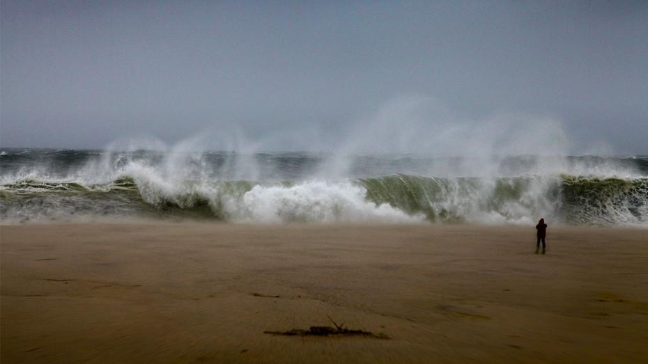 Sandy Waves