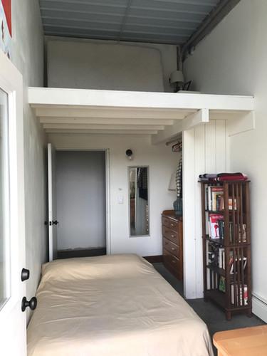 guest room loft