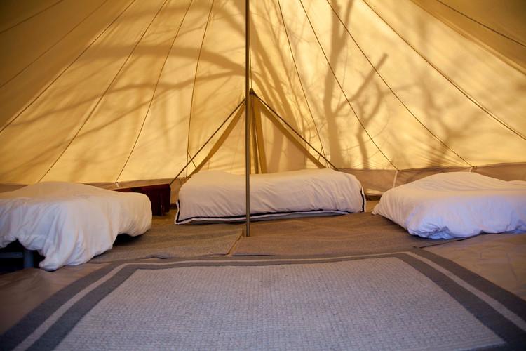 20' tent inside