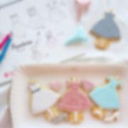 フランス映画🎬『タイピスト!』に_出てくるファッションを_アイシングクッキーで