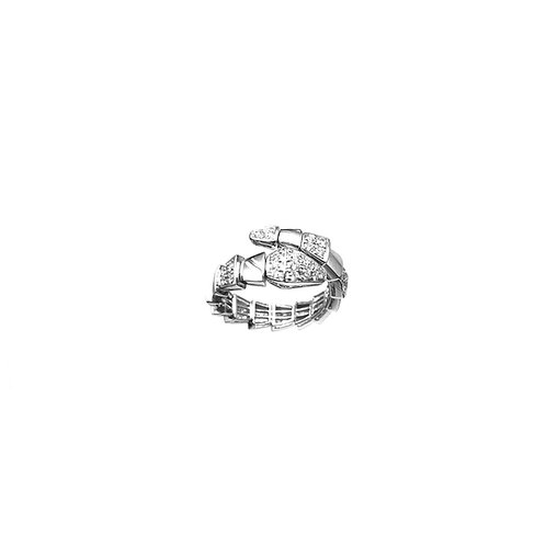 Bague serpent en or blanc 18 carats empierrée