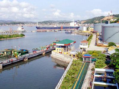Cảng dầu B12.jpg
