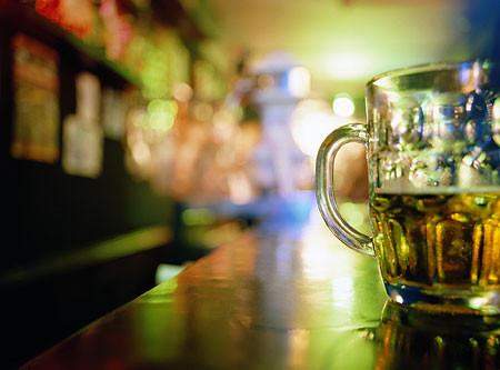 beer-pic-getty-1325918911.jpg