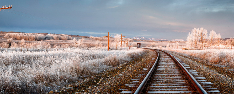 Heading West from Cochrane