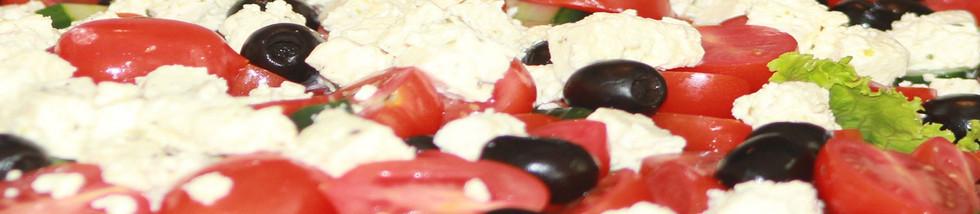 Thymekitchen-Greek-Salad-compressor.jpg
