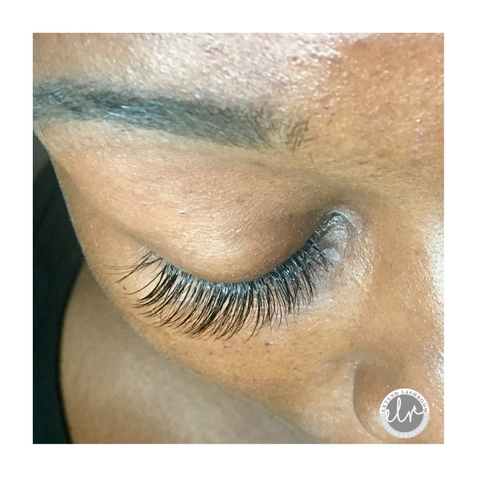 Closed eye, hybrid lash set