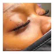 closed eye lash extensions