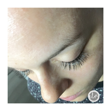 Doll Eye Natural Flirt, volume lashes