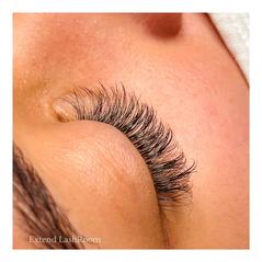 side angle natural flirt lashes