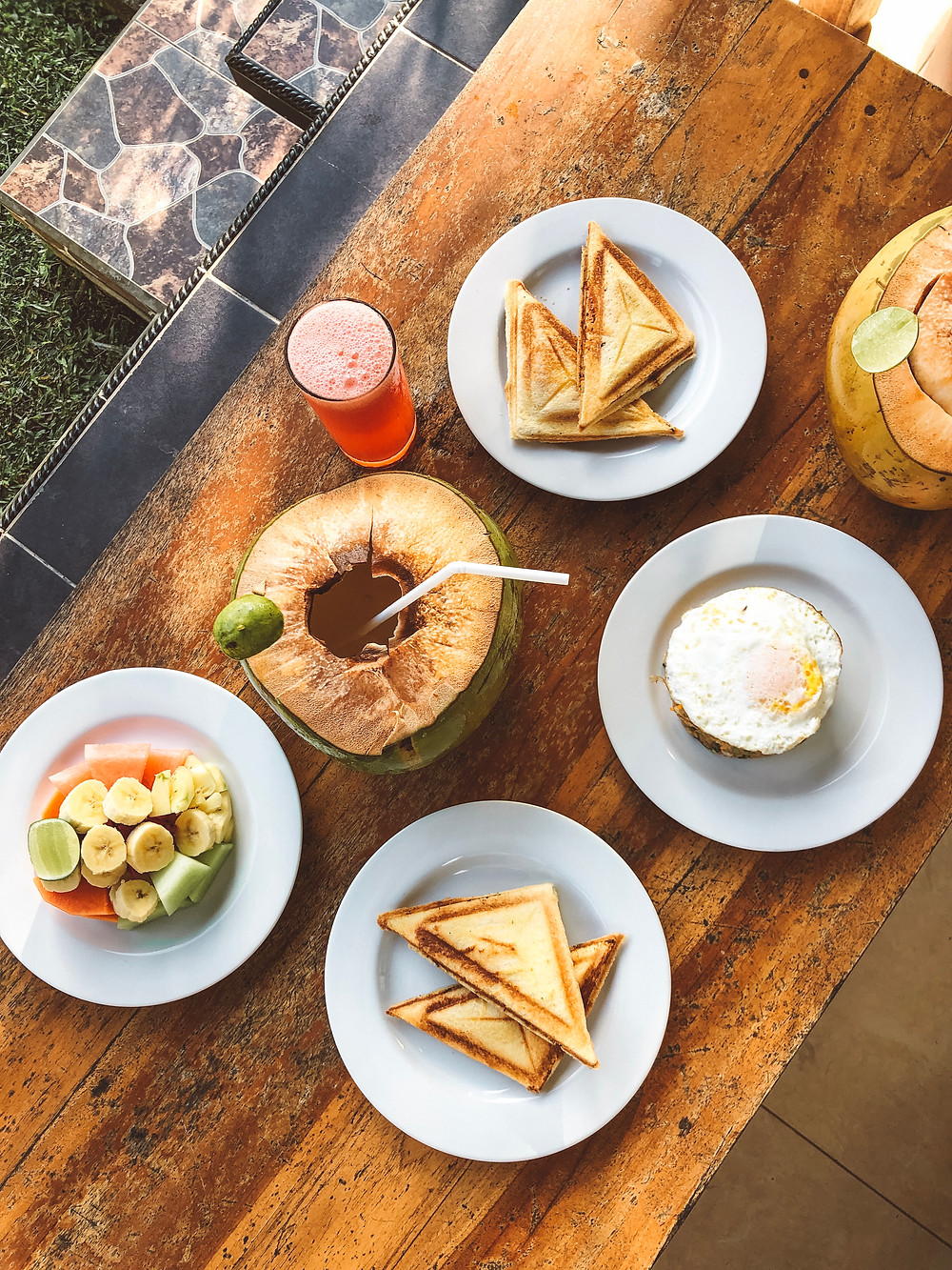 airbnb ubud breakfast