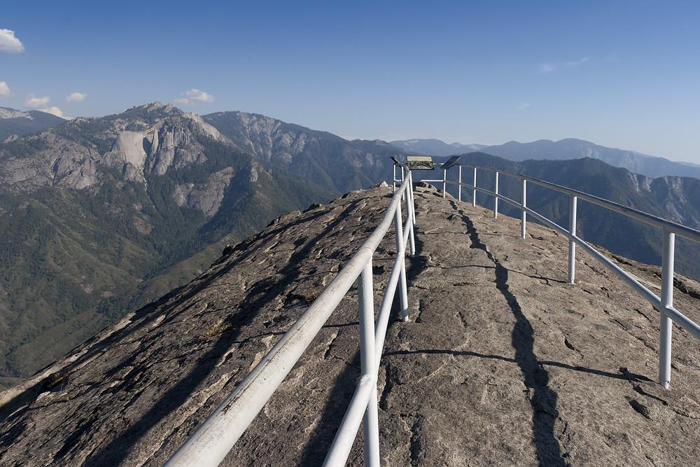 moro rock granite dome sequoia national park views