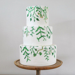 vine wedding cake (1)_edited.jpg