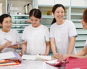 久留米の花畑病院で活躍する幅広い世代の正社員ナース