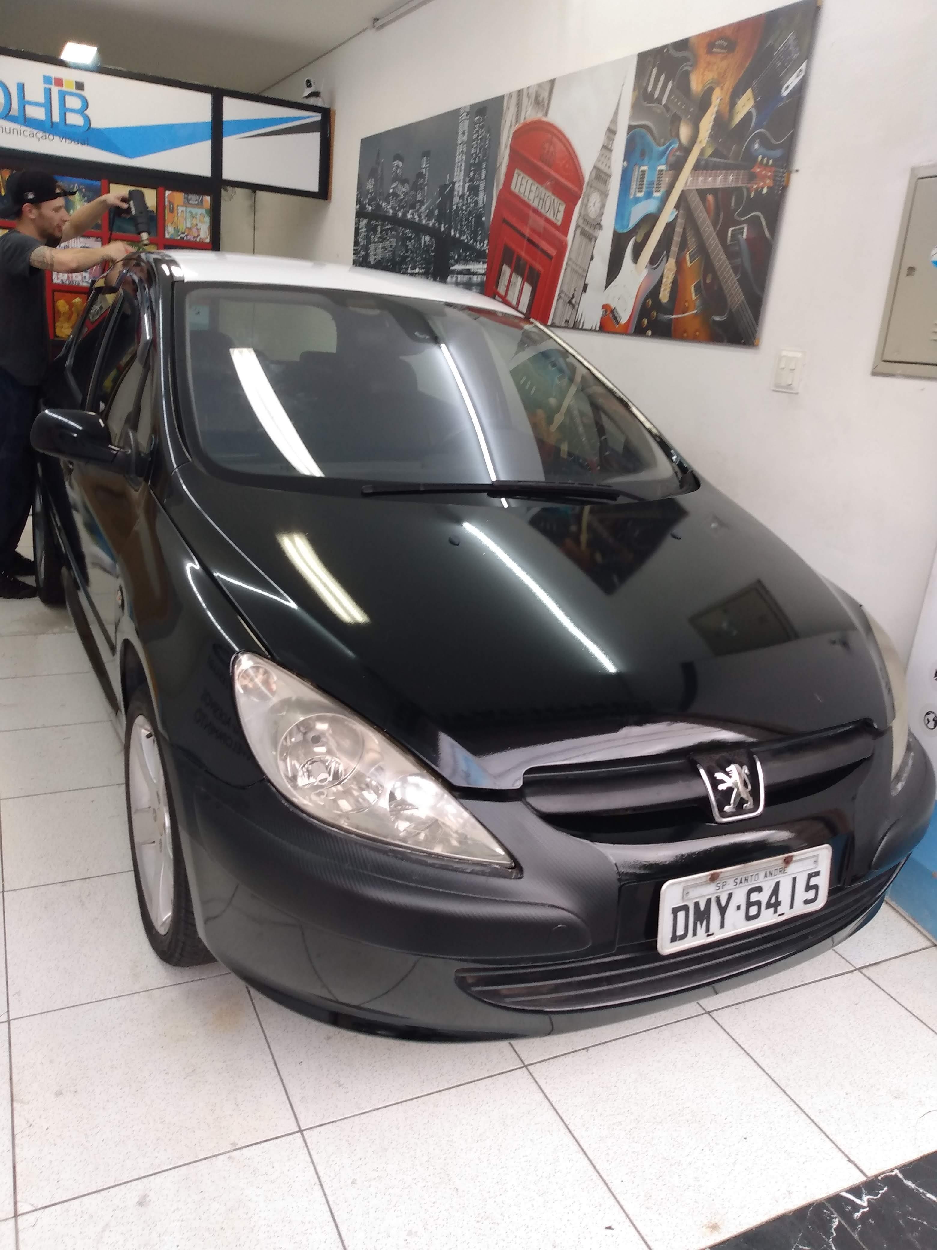 Peugeot em black Piano