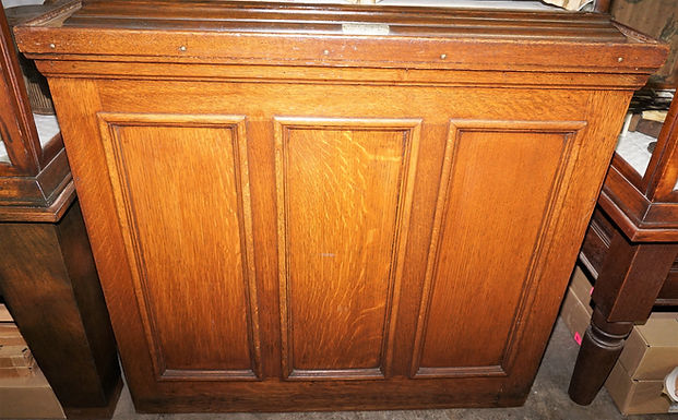 Oak Country Store Counter With Granite Top