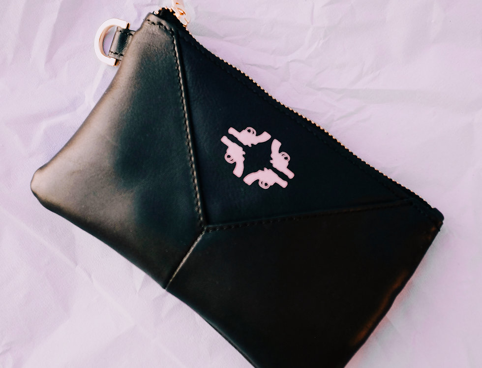Small Pouch void black