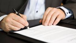 Роструд: в уже заключенный трудовой договор внести условие об испытательном сроке нельзя